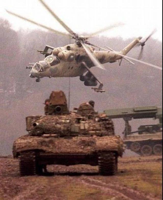 Nga bất ngờ bắt tay Taliban - Kẻ địch cũ ở Afghanistan: Nước cờ táo bạo của TT Putin? - Ảnh 3.