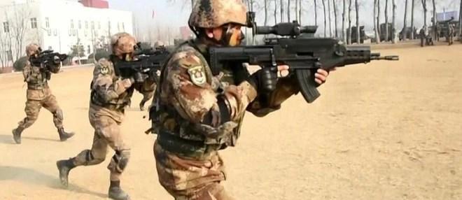 Trung Quốc khoe hình ảnh súng trường công nghệ cao QTS-11 dành cho đặc nhiệm - Ảnh 2.