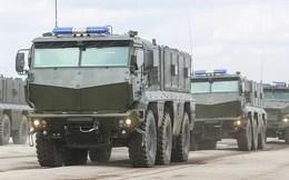 Xe tăng, tên lửa rầm rộ đổ về thủ đô Moscow chuẩn bị duyệt binh