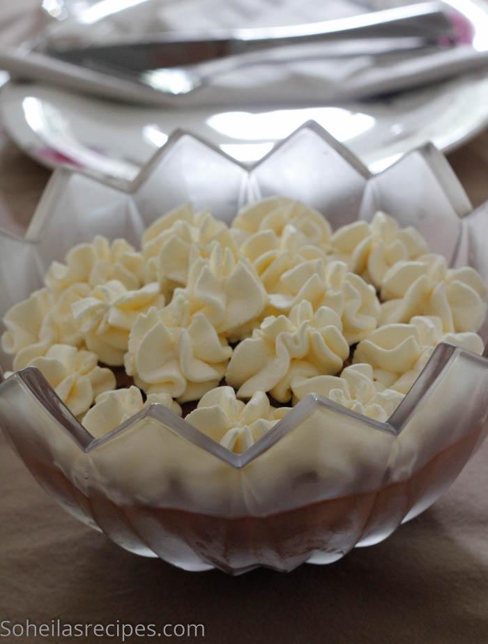 Sjokolademousse med kakaopulver