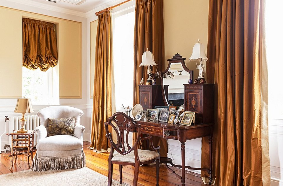 Old world elegance with these sophisticated custom draperies.
