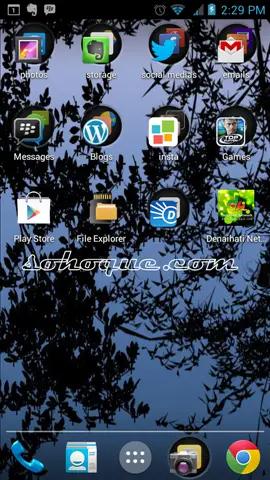 aplikasi aku terpampang gah di skrin smartphone aku