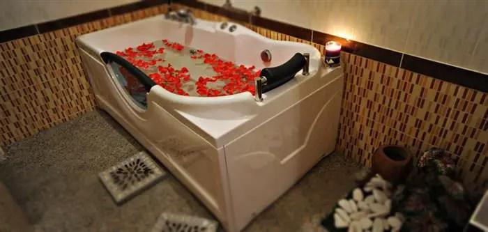bathtub anjung jelita & beauty spa