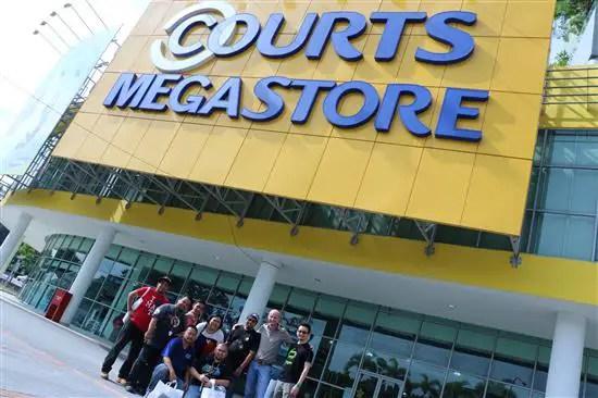 gambar blogger courts