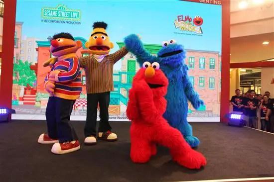 Elmo dan rakan-rakan