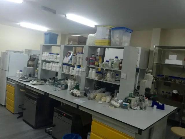 makmal kajian Cendawan Susu Harmau di kilang LiGNO SDN BHD