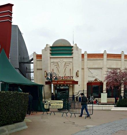 L'entrée du Disney Village
