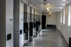 Dormir dans une ancienne prison hantée à Ottawa