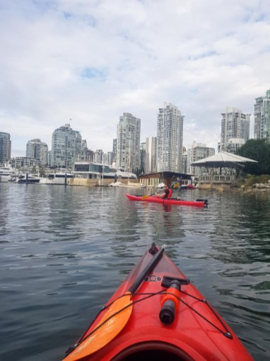 Kayak dans False Creek