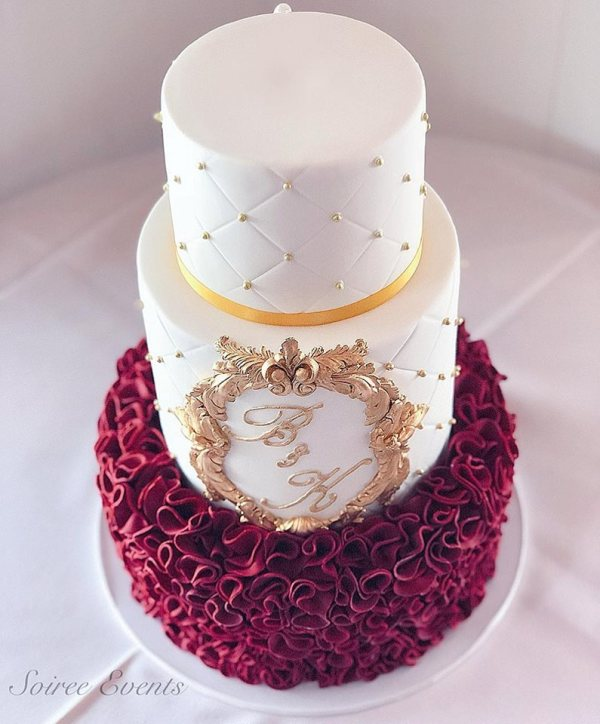 burgundy-ruffle-quilted-wedding-cake