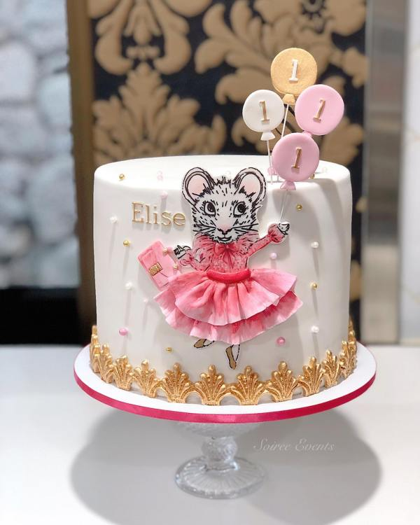 Claris Mouse Cake