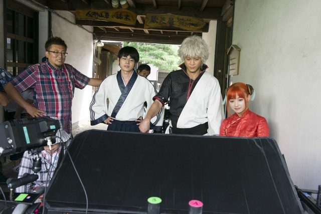Live-action Gintama film reveals behind-the-scenes still images