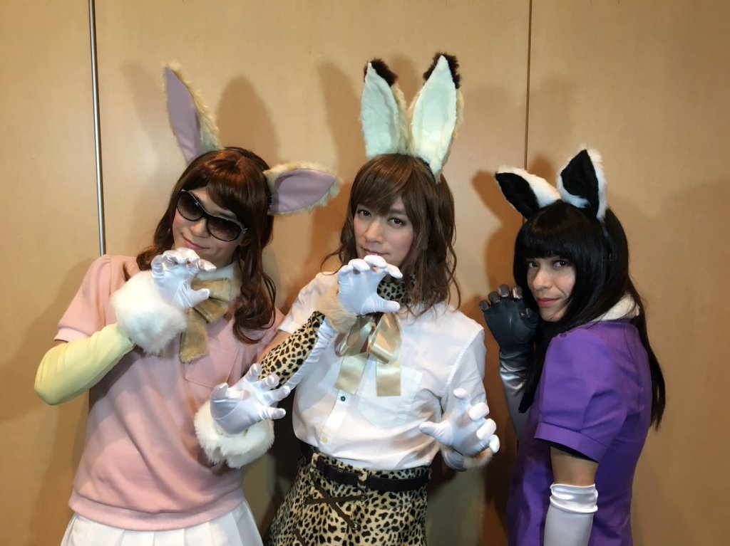 BREAKERZ band members cosplay Kemono Friends and Gintama for Halloween