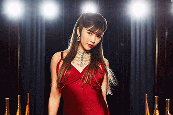PILE Celebrates Her 10th Anniversary with a Best Of Album