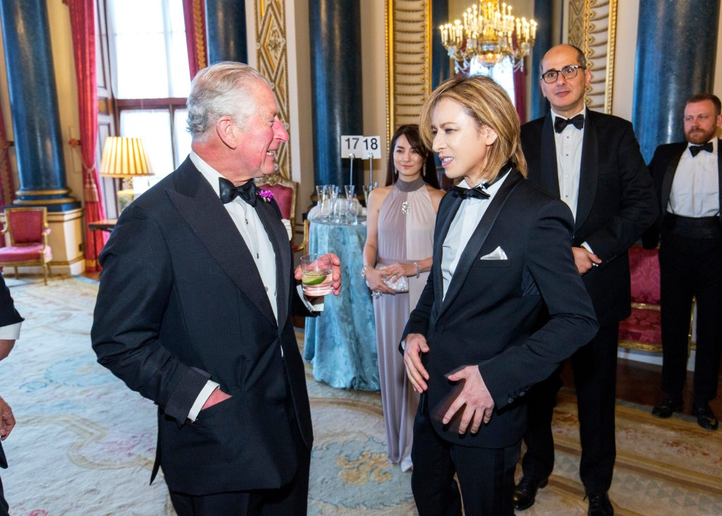 JRock royalty YOSHIKI meets Prince Charles… without incident thankfully