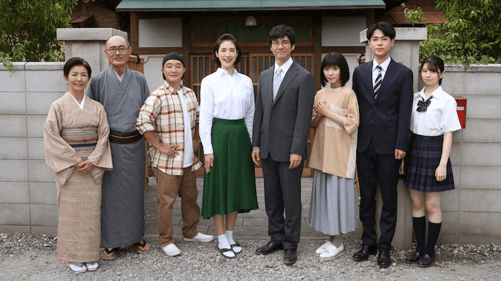 Live-action Sazae-san reveals cast in costume for 50th anniversary TV special
