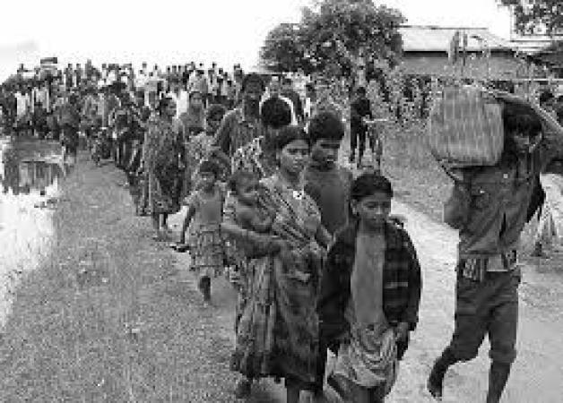 উদ্বস্ত বাঙ্গালি বাংলাদেশে নাকি ভারতের মতো সাম্প্রদায়িক নোংরামি নেই