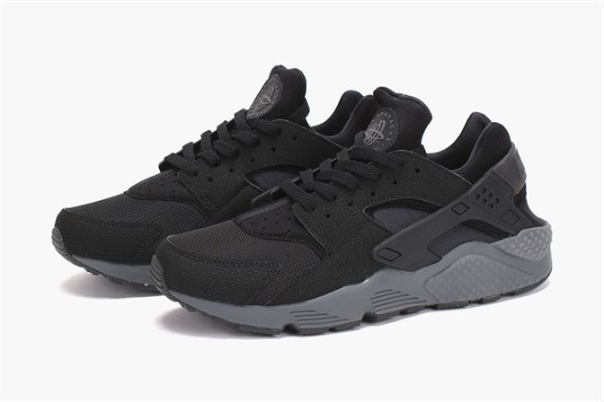 Nike Air Trainer Max  94 Men s Shoes White Black-Uiniversity Red. huarache  sneakers 2014 92fee04f9