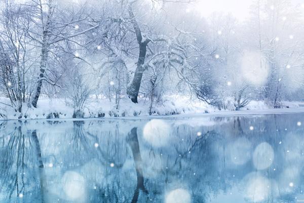 Снег летит
