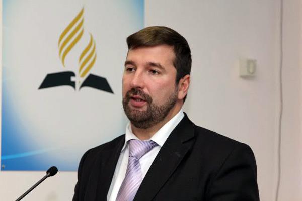 Олег Юрьевич Гончаров