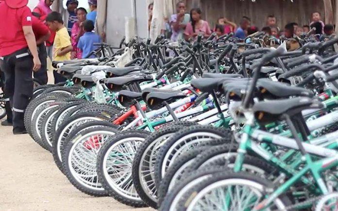 В Колумбии адвентисты раздают велосипеды