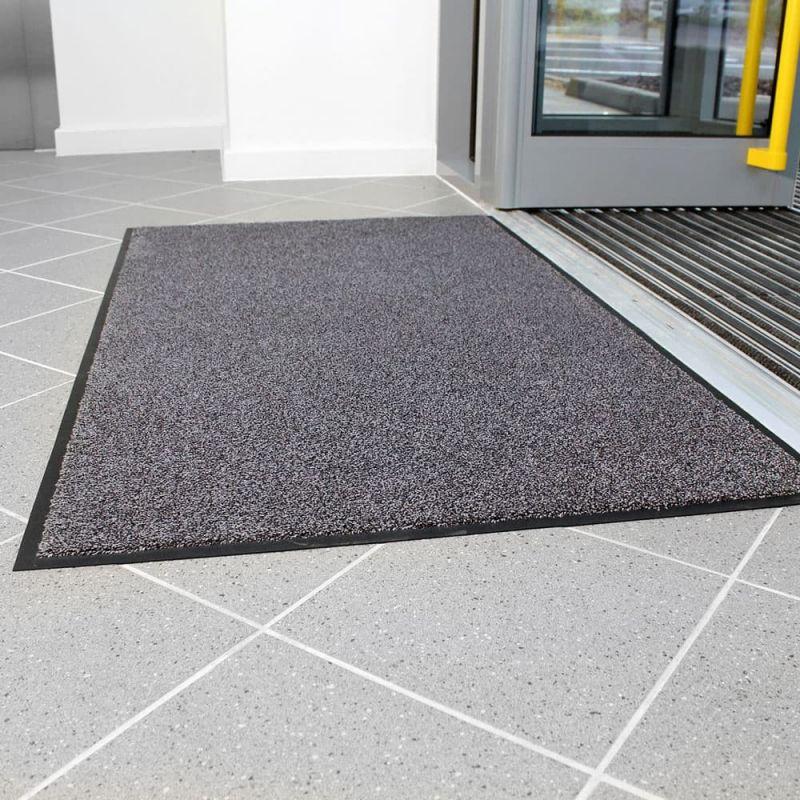 tapis d entree absorbant lavable tres resistant espaces publics