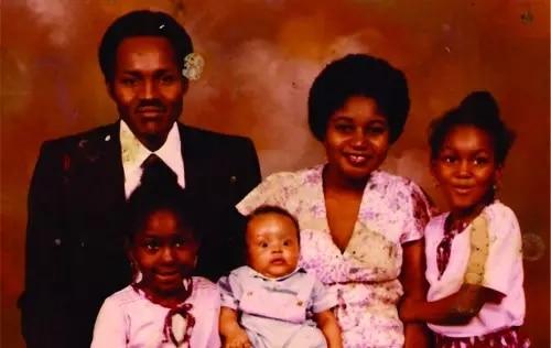 buhari and former wife858113302624185004