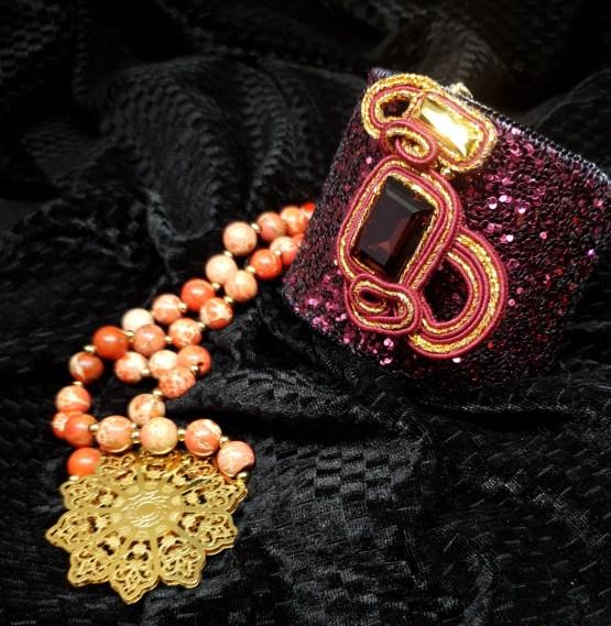 Solal Bijoux Haute Fantaisie Bijou nomade bordeau et doré + manchette et manchon réversible + collier aimanté de perles