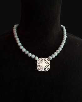 Solal Bijoux Haute Fantaisie collier en perles howlite turquoise pâle