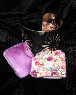 Solal Bijoux Haute Fantaisie manchon réversible mauve et imprimé floral