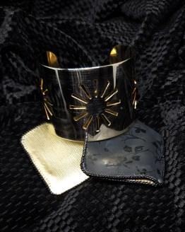 Solal Bijoux Haute Fantaisie manchon réversible noir et doré