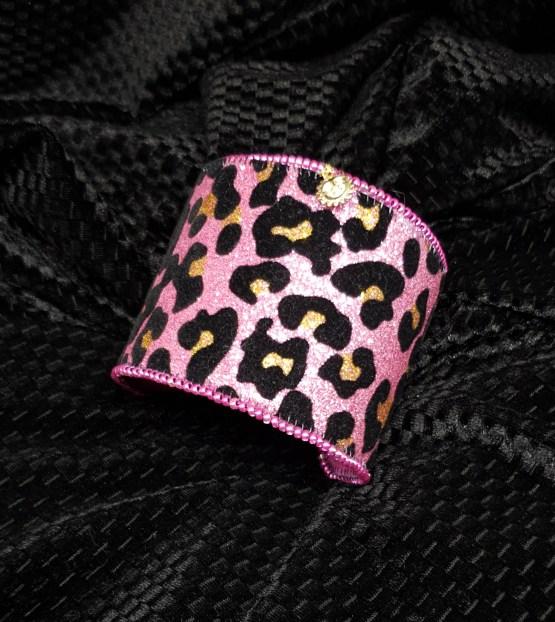 Solal Bijoux Haute Fantaisie Manchette avec manchon réversible rose et glitter imprimé animal