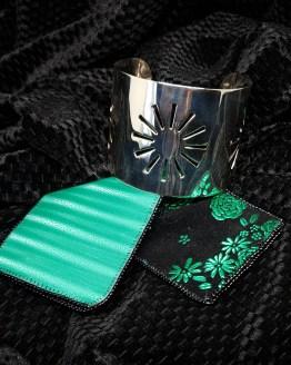 Solal Bijoux Haute Fantaisie manchette avec manchon réversible vert et noir