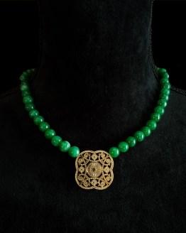 Solal Bijoux Haute Fantaisie collier aimanté de perles en jade vert foncé