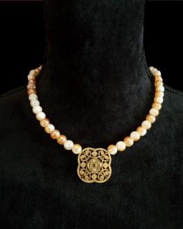 Solal Bijoux Haute Fantaisie collier aimanté de perles en cristal craquelé doré