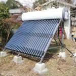 オフグリッドの鉄則:パッシブ性能を高め、太陽熱や木質ペレットを活用