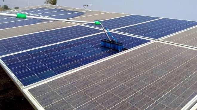 Мойка солнечных панелей частной электростанции