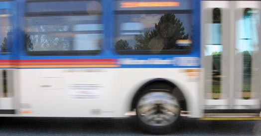 moving-bus