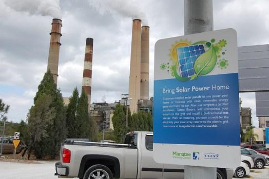 solar-energy-sign-stacks