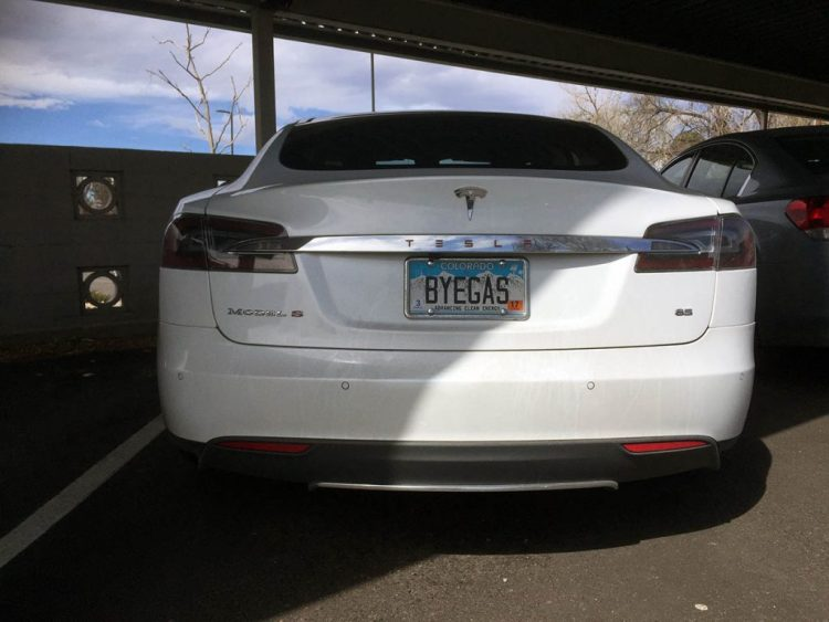 This Colorado Tesla owner is telling the world that he/she is gas free! And a supporter of renewable energy :-)