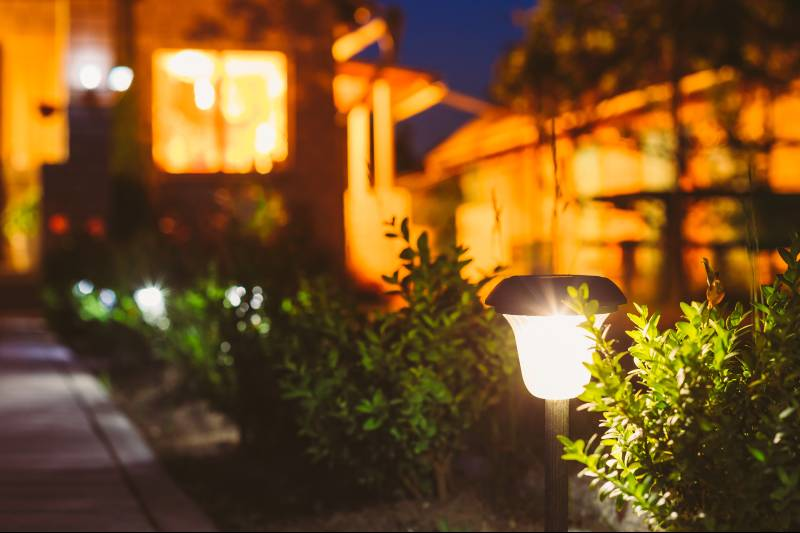 how to choose the best solar lights