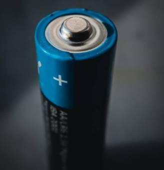 how to fix solar lights battery