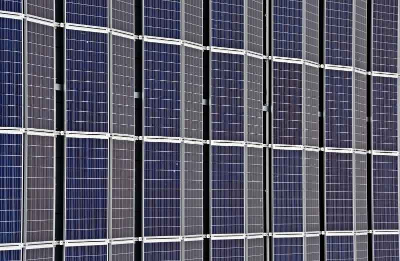 Goal Zero Yeti 1000 Lithium Compatible Solar Panels