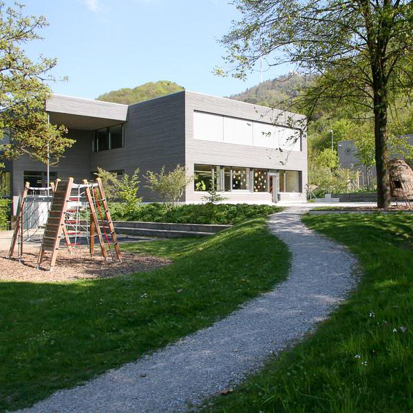Schulhaus Loomatt Stallikon