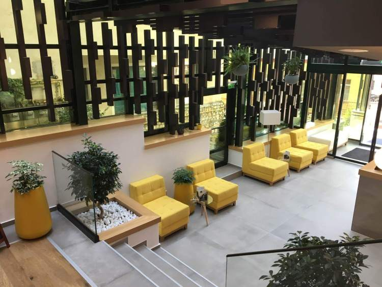 The Yellow Seating Area in the Belfort Hotel in Brasov
