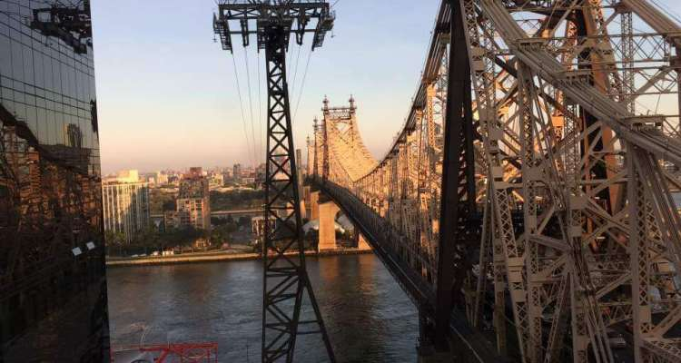 The Roosevelt Island Elevated Tramway
