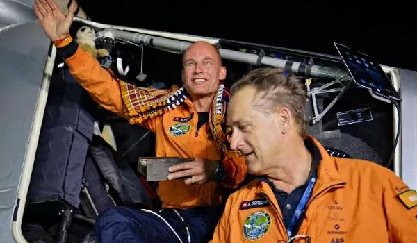 Bertrand Piccard greeted by André Borschberg upon arrival in Ahmedabad copyright solar impulse