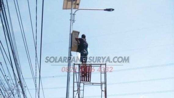 PJU Tenaga Surya 30 Watt | PJU Solar cell 30w | Penerangan Jalan Umum