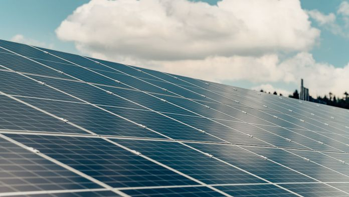 RNESL Offers Rs 375/Share To Acquire 4.91 Crore Shares Of Sterling and Wilson Solar