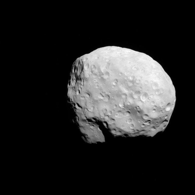 Hasil gambar untuk epimetheus moon